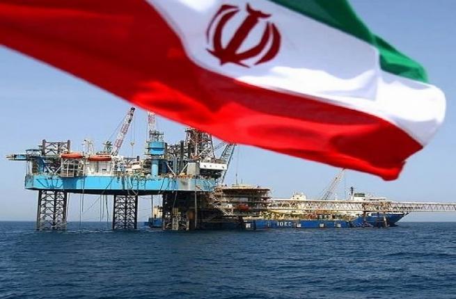 newsimage-1-newsimage-1-iran-oil-rig-flag